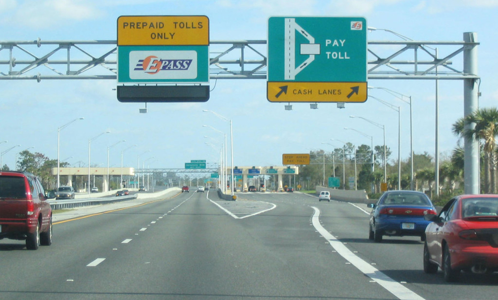 SR_417_University_Toll_Plaza