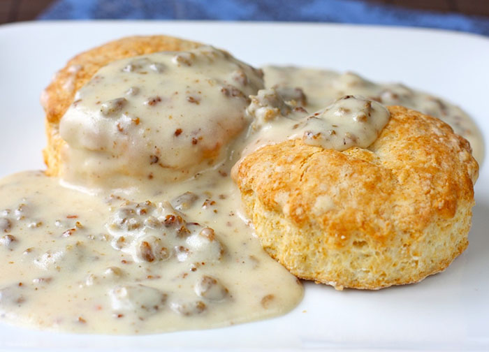 biscuits-and-gravy-e1327273264297